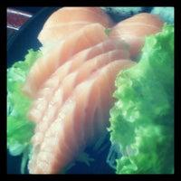Photo taken at Sushi Nakay by Juliana R. on 6/17/2012