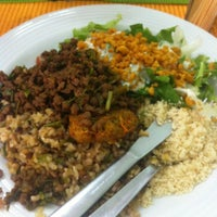 Photo taken at Mãe Natureza - Restaurante Vegetariano by Meg B. on 5/15/2012