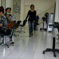Photo taken at Minik Salon by S h e r l y F a b i o l a on 12/1/2011