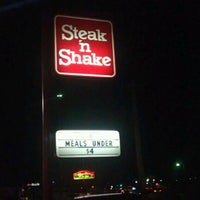 Photo taken at Steak 'n Shake by Snook S. on 1/1/2012