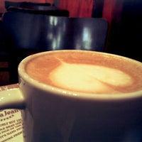 Photo taken at Gloria Jean's Coffees by Asmitha R. on 9/7/2012