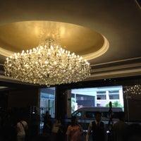 Photo taken at V Hotel Lavender by Dewz C. on 8/3/2012