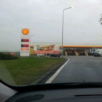 Photo taken at Shell Station Hellevliet by Tom on 11/29/2011