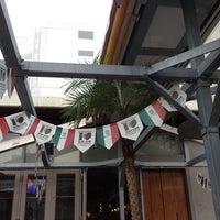 Photo taken at J.S.BURGERS CAFE 新宿店 by Senya M. on 4/13/2012