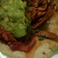 Photo taken at Tacos Los Poblanitos by Serch on 3/18/2012