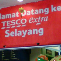 Photo taken at Tesco Extra by Qar9ine S. on 8/31/2012
