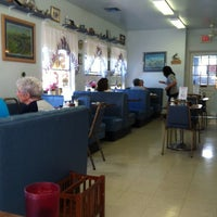 Photo taken at Roadrunner Cafe by Mary M. on 7/24/2012