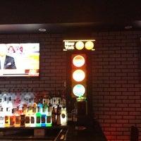 Photo taken at Traffic Bar Midtown East by Tara C. on 1/7/2013