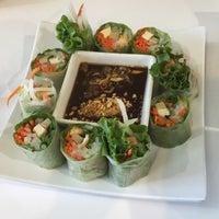Photo taken at Loving Hut Vegan Cuisine by Cynthia O. on 9/4/2015