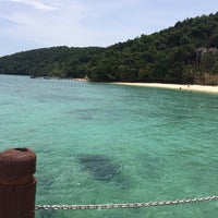 Photo taken at Manukan Island Jetty by zetyy on 4/26/2015