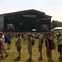 Photo taken at What Stage at Bonnaroo Music & Arts Festival by Piko on 6/15/2013