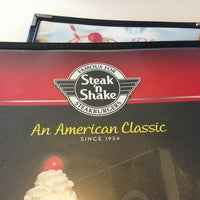 Photo taken at Steak 'n Shake by Stephen A. on 3/10/2013