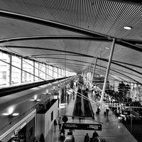 Photo taken at Detroit Metropolitan Wayne County Airport (DTW) by Jim H. on 5/25/2013
