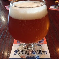 Photo taken at Flying Saucer Draught Emporium by Kevin D. on 9/29/2012