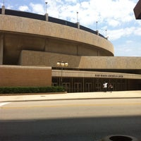 Photo taken at Fort Worth Convention Center by Lillianne E. on 6/17/2013