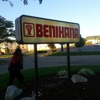 Photo taken at Benihana by Alexis T. on 9/19/2012