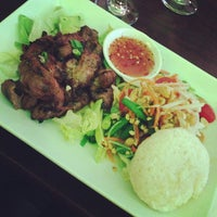 Photo taken at Aceluck Thai Cuisine by Rojas on 10/10/2013