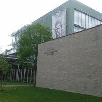 Photo taken at Isabella Stewart Gardner Museum by Ilhwan C. on 7/6/2013