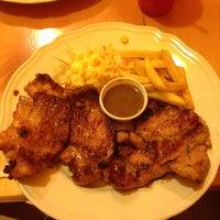 Photo taken at Nana Steak by KaoKierati on 7/27/2013