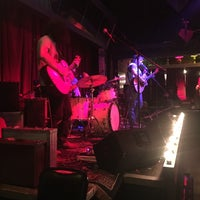 Photo taken at Maxine's Live Music Venue by Gabriel D. on 11/13/2016