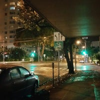 Photo taken at King St & Kalakaua Ave Intersection by Stephen C. on 8/4/2016