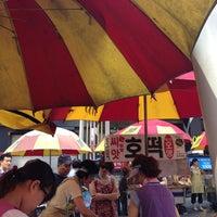 Photo taken at 씨앗호떡 by Kate Y. on 8/10/2013