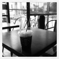 Photo taken at Starbucks by Ernest on 7/9/2013