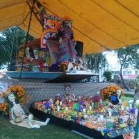 Photo taken at Rotonda De Los Personajes Ilustres De Xochimilco by Maru R. on 10/31/2015