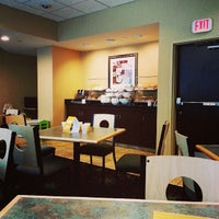 Photo taken at Comfort Suites Downtown by whereisemil on 7/2/2014