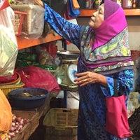 Photo taken at Pasar Chowkit by Afie D. on 6/3/2015