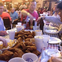 Photo taken at Gus's World Famous Hot & Spicy Fried Chicken by Alex G. on 5/19/2013
