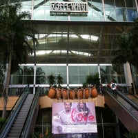 Photo taken at Gateway Theatre of Shopping by Aron S. on 2/1/2013