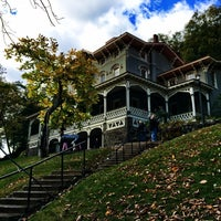 Photo taken at Asa Packer Mansion Museum by Khürt W. on 10/23/2016