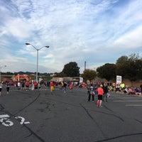 Foto tirada no(a) Pentágono por Thomas C. em 10/30/2016