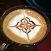Photo taken at coffee & restaurant Mazari by Mohammed O. on 3/29/2013