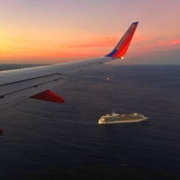 Photo taken at Southwest Airlines Flight 2317 by @LorenzoAgustin ☆ on 2/21/2015