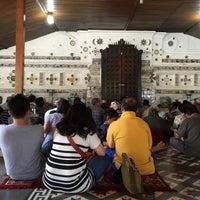 Photo taken at Makam Sunan Gunung Jati by noverdi p. on 9/5/2015