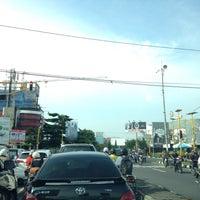 Photo taken at Perempatan Ring Road Gejayan by Djaka D. on 2/29/2016