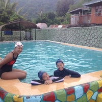 Photo taken at Valley Stream Resort by Annie Frances L. on 5/9/2014