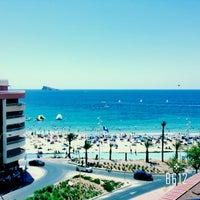 Foto tomada en Hotel RH Corona del Mar Benidorm por Arina B. el 8/21/2015