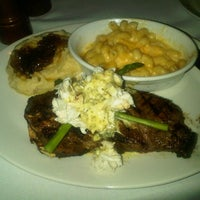 Photo taken at Stoney River Legendary Steaks by Sir-BroHam on 12/5/2012