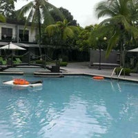 Photo taken at Riande Aeropuerto Hotel & Resort by APOLLYON S. on 9/15/2013