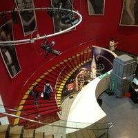 Photo taken at Madame Tussauds New York by Vladislav G. on 2/24/2013