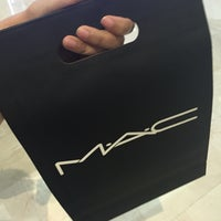 Photo taken at MAC Cosmetics by Louise A. on 7/17/2016
