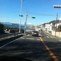 Photo taken at 稲村ヶ崎海岸 by Masaaki K. on 11/16/2012
