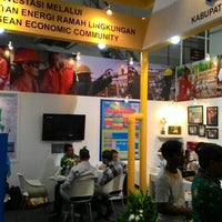 Photo taken at JIExpo Hall A by Alan W. on 5/15/2015