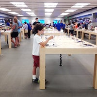 Photo taken at Apple Southdale by AliShops on 6/28/2014