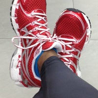 Photo taken at Foot Locker by Evelyn C. on 4/13/2013