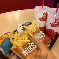 Photo taken at Carl's Jr. by Ifwat N. on 2/14/2013