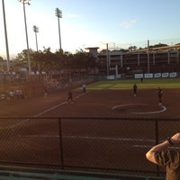 Photo taken at Rainbow Wahine Softball Stadium by s t. on 2/9/2013